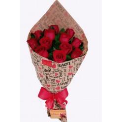 Buquê Europeu com 12 Rosas
