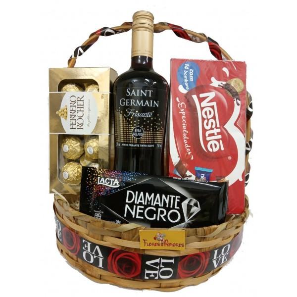 """Cesta """"Especial Vinho Com Ferrero"""""""