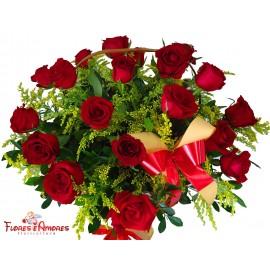 Cesta Especial com 20 Rosas