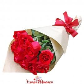 """Buquê De 12 Rosas """"Essencial Amor"""""""
