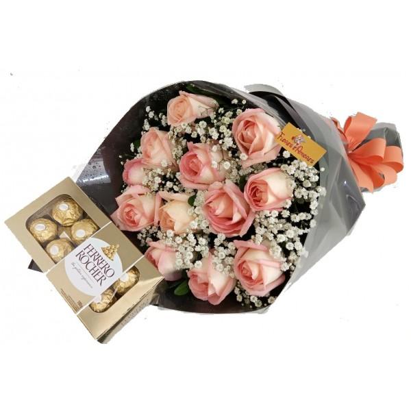 Buquê 12 Rosas cor Rosa +Ferrero Rocher