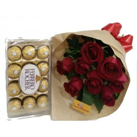 Buquê De 10 Rosas Com Ferrero 12 bombons