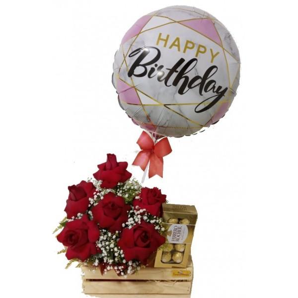 """Jardineira """"Feliz aniversário"""" Com Ferrero Rocher"""